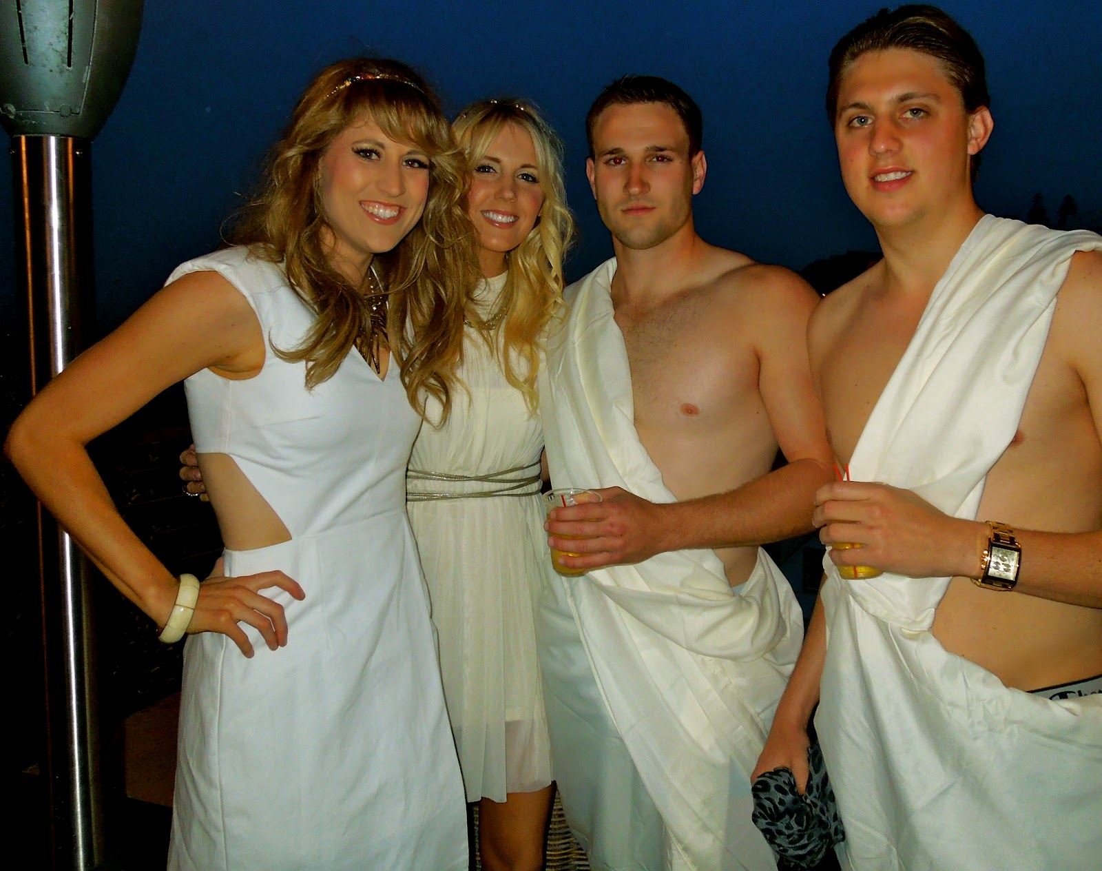 Pictures party Adult toga