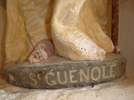 800px-Chapelle-du-prigny-Pieds-St-Guenole